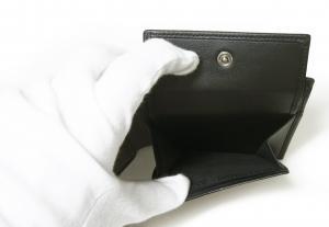No.6 財布 ジョルジオアルマーニ メンズ 二つ折 (ブラック)