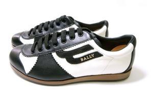 No.3 スニーカー レザー (ブラック) 10(日本サイズ約29cm) YOSHUA/00 靴