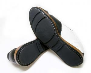 No.5 スニーカー レザー (ブラック) 10(日本サイズ約29cm) YOSHUA/00 靴