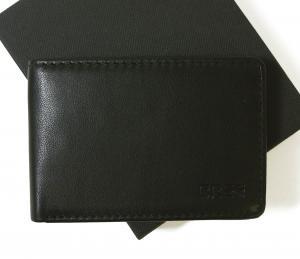 ブリー 財布 二つ折  ブラック 海外モデル 日本札は入りません