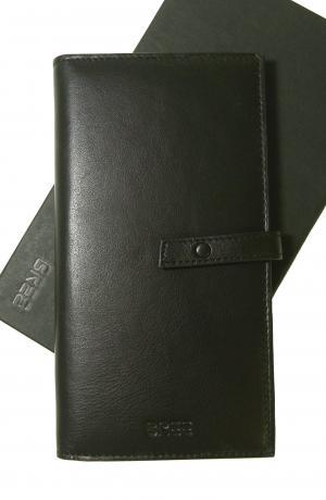 ブリー 長財布  二つ折 ブラック  ISSY 136
