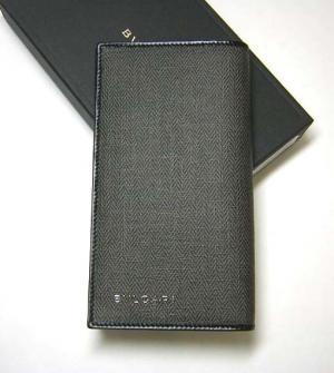 8468608092e1 ブルガリ ] ウィークエンド 二つ折長財布 - BG-1104d
