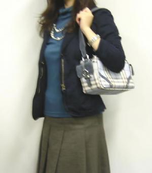 No.8  <訳あり・アウトレット>バッグ ダブルフラップポケット セミショルダー