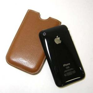 No.3 iPhoneケース (レ・マスト/キャラメル)