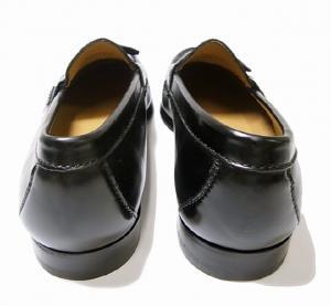 No.4 靴 メンズ ナイキ タッセルシューズ(ブラック)9.5(日本サイズ約27.5cm)