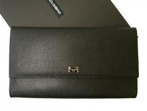 ドルチェ&ガッバーナ 財布 型押しレザー トラベルドキュメントケース(ブラック)