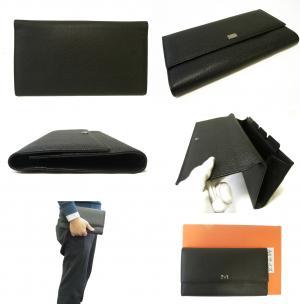 No.3 財布 型押しレザー トラベルドキュメントケース (ブラック) *大きめサイズ(横約25 cm)