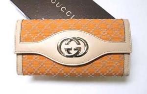 グッチ 財布 スーキー 二つ折 長財布