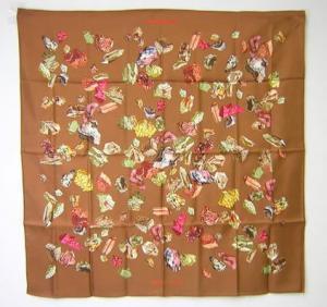 エルメス スカーフ   シルク  HERMES  (ブラウン)