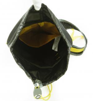 No.8 リュックサック バックパック ブラック 軽量 約200グラム 通気性 SINDER15