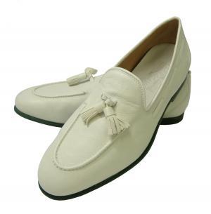 サルヴァトーレフェラガモ レザー シューズ 靴 (ホワイト) メンズ RIVA