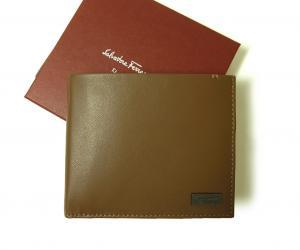 サルヴァトーレフェラガモ 財布 メンズ 二つ折(ナチュラルバイソン)