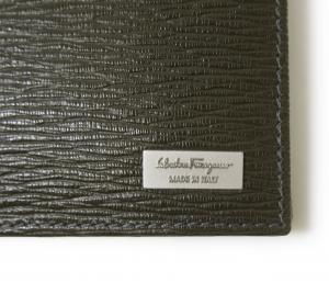 No.4 財布 二つ折 型押し ペブルカーフ(ダークグレー×ブルー)