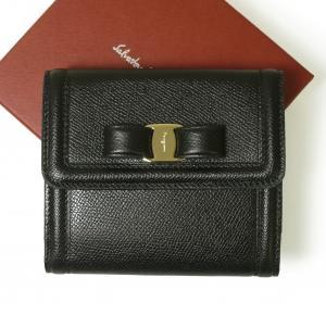 サルヴァトーレフェラガモ 財布 レディース ヴァラ リボン 二つ折り(ブラック) MainPhoto