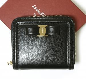 サルヴァトーレフェラガモ 財布 レディース ヴァラ リボン ラウンドファスナー(ブラック)