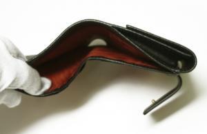 No.4 財布 ガンチーニロゴエンボス 二つ折(ブラック)