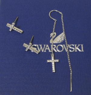スワロフスキー ピアス Mini Cross ミニ クロス