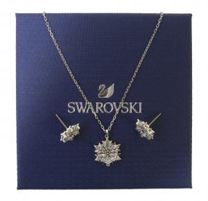 スワロフスキー ネックレス ペンダント ピアス Magic Snowflake 雪の結晶