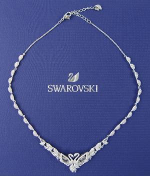 スワロフスキー ネックレス Dancing Swan ダンシングスワン