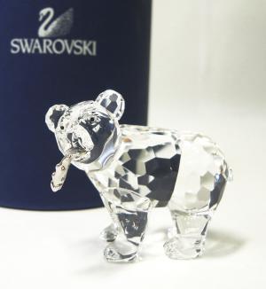 スワロフスキー やんちゃな小熊
