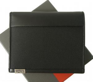 トゥミ パスポートケース カードケース メンズ ALPHA 二つ折(ブラック)