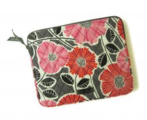 ヴェラ・ブラッドリー Tablet Sleeve  iPad ポーチ タブレットスリーブ