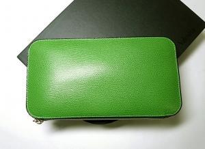 ヴァレクストラ 長財布 ラウンドファスナー (グラスグリーン)